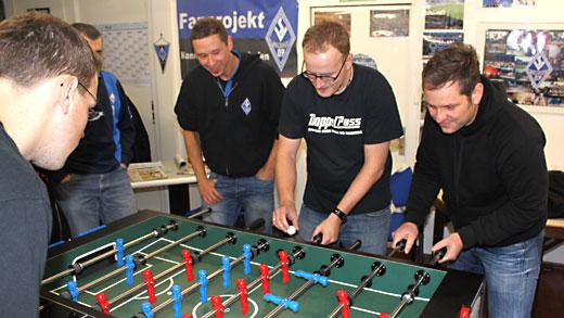 DoppelPass - DoppelPass-Team beim Waldhof-Fan ...